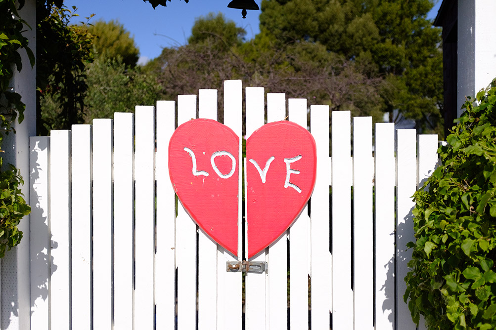 Love is in the air (and on the gates) in Half Moon Bay.