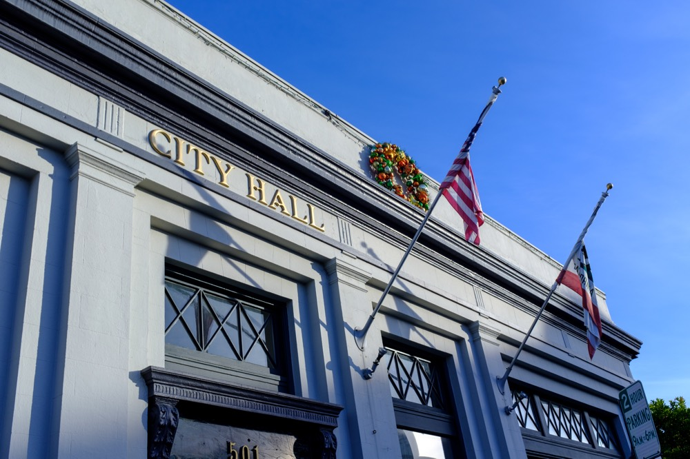 Half Moon Bay City Hall