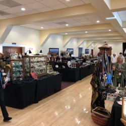 Summer Half Moon Bay Antiques & Collectibles Show and Sale  Thumbnail