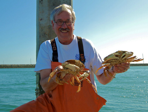 rush to the Coast to catch crab before the commercial season